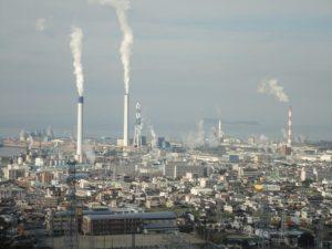 四国中央市紙産業の集積地